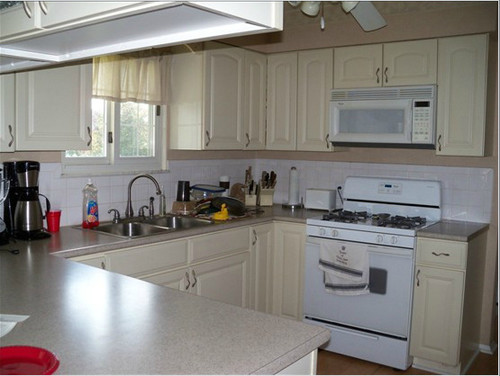 Gray Kitchen Walls With Cream Cabinets small updates to kitchen, stuck because of colors!!!
