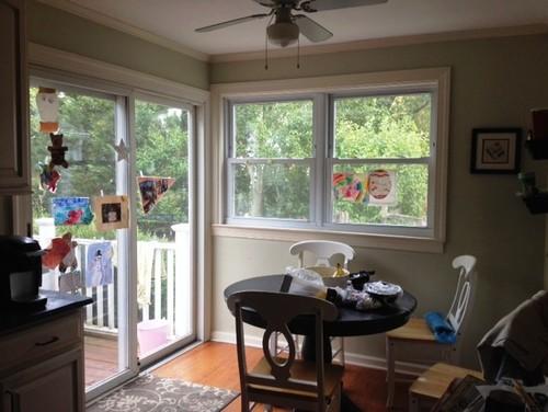 Window treatments for kitchen slider windows that meet for Kitchen designs with corner windows