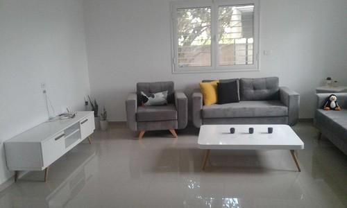 besoin de conseils pour choisir les rideaux pour un salon scandinave. Black Bedroom Furniture Sets. Home Design Ideas