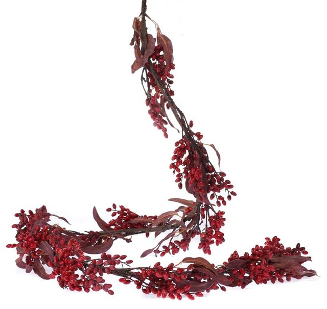 Berry And Leaf Garland.