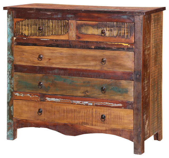 Jamestown Rustic Reclaimed Wood 5-Drawer Cottage Dresser.