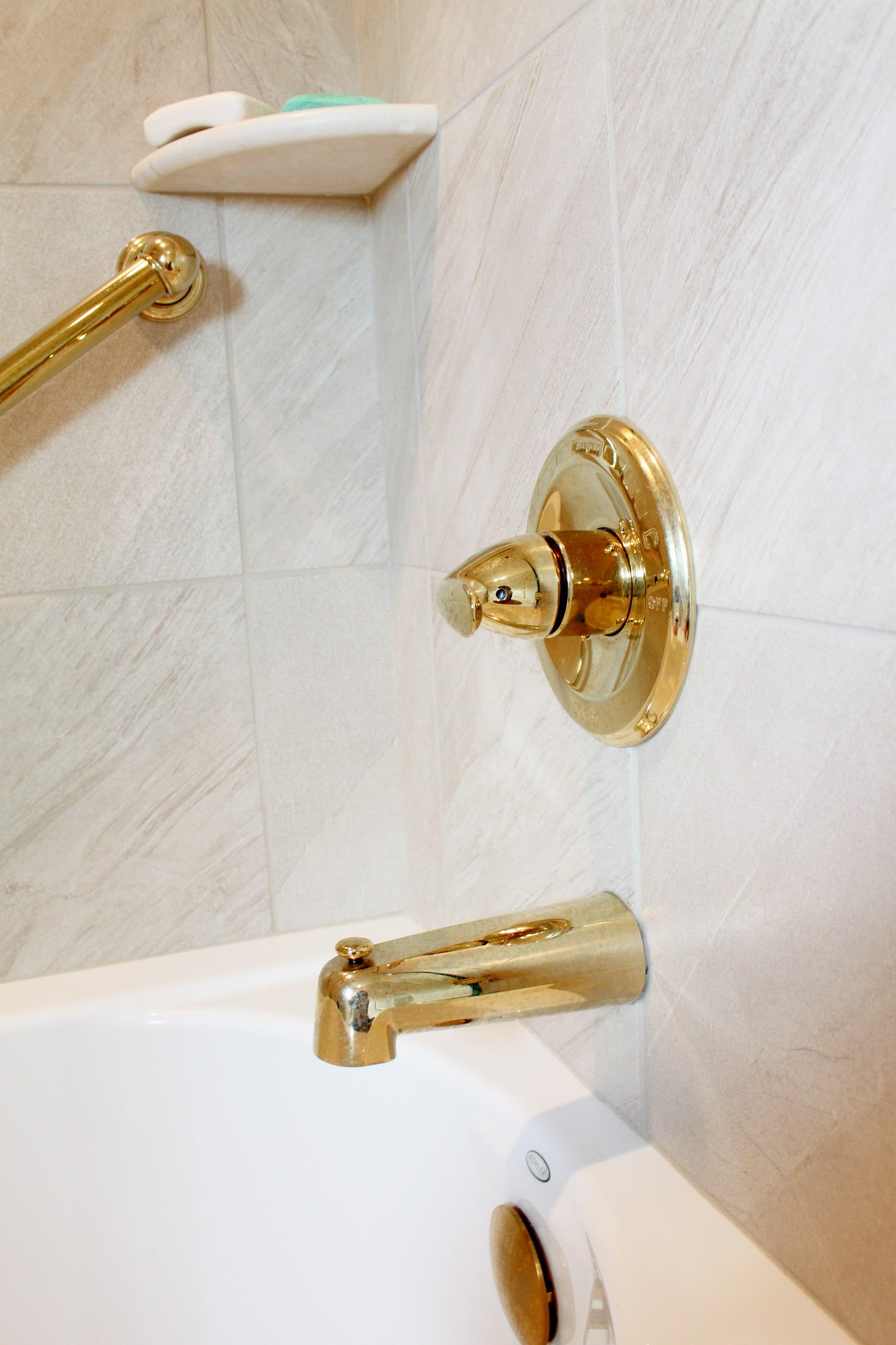 M Hall bath