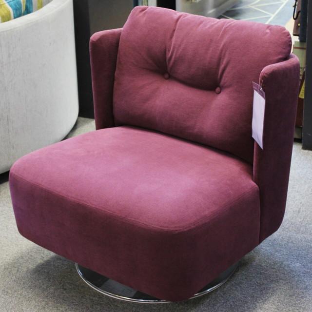 Sits Alma Swivel Chair