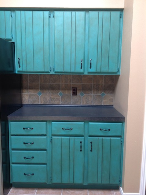 Chalk Paint Kitchen Makeover Traditional Kitchen