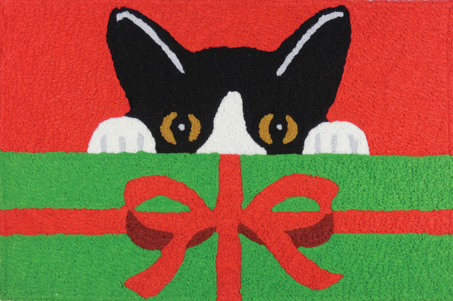 Kitty And Present Holiday Decor Indoor Outdoor Accent Rug.