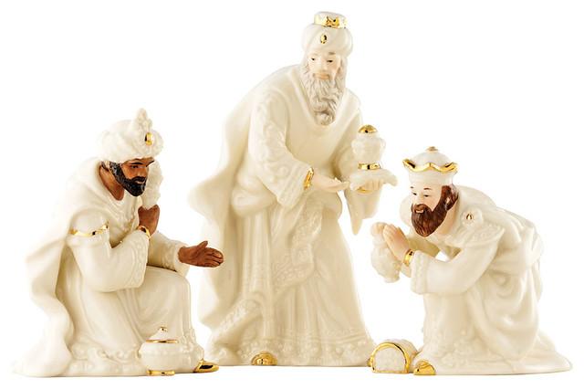 Belleek Nativity Three Kings 3-Piece Set.