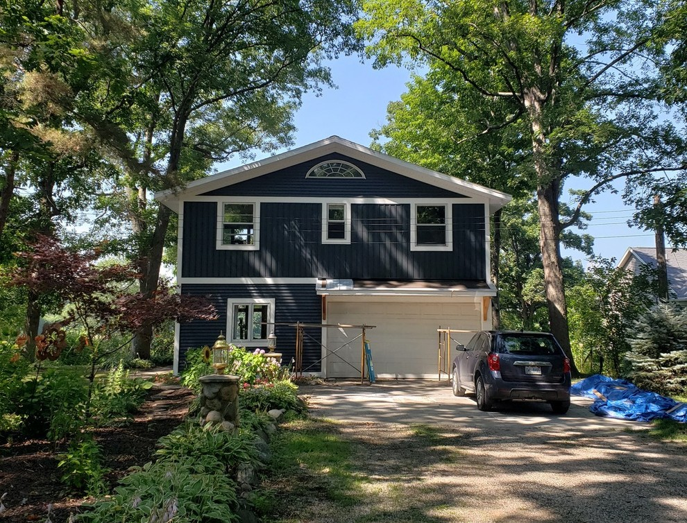 New Shingles Amp Siding In Grand Haven Mi Traditional