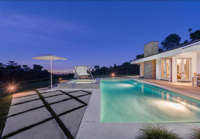 Rolling Hills, California, Contemporary
