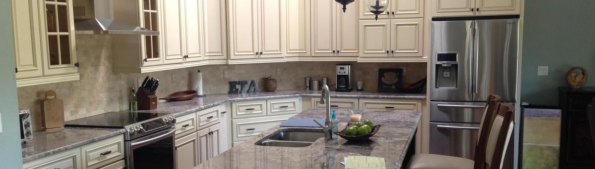 A Divine Home - Lehigh Acres, FL, US 33971