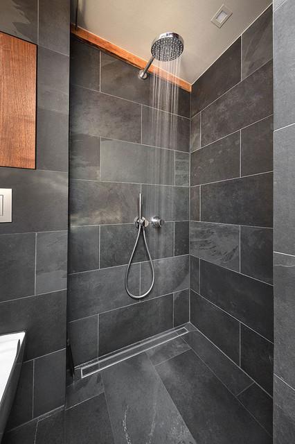 Kleines badezimmer contemporary berlin by conscious for Badezimmer design berlin