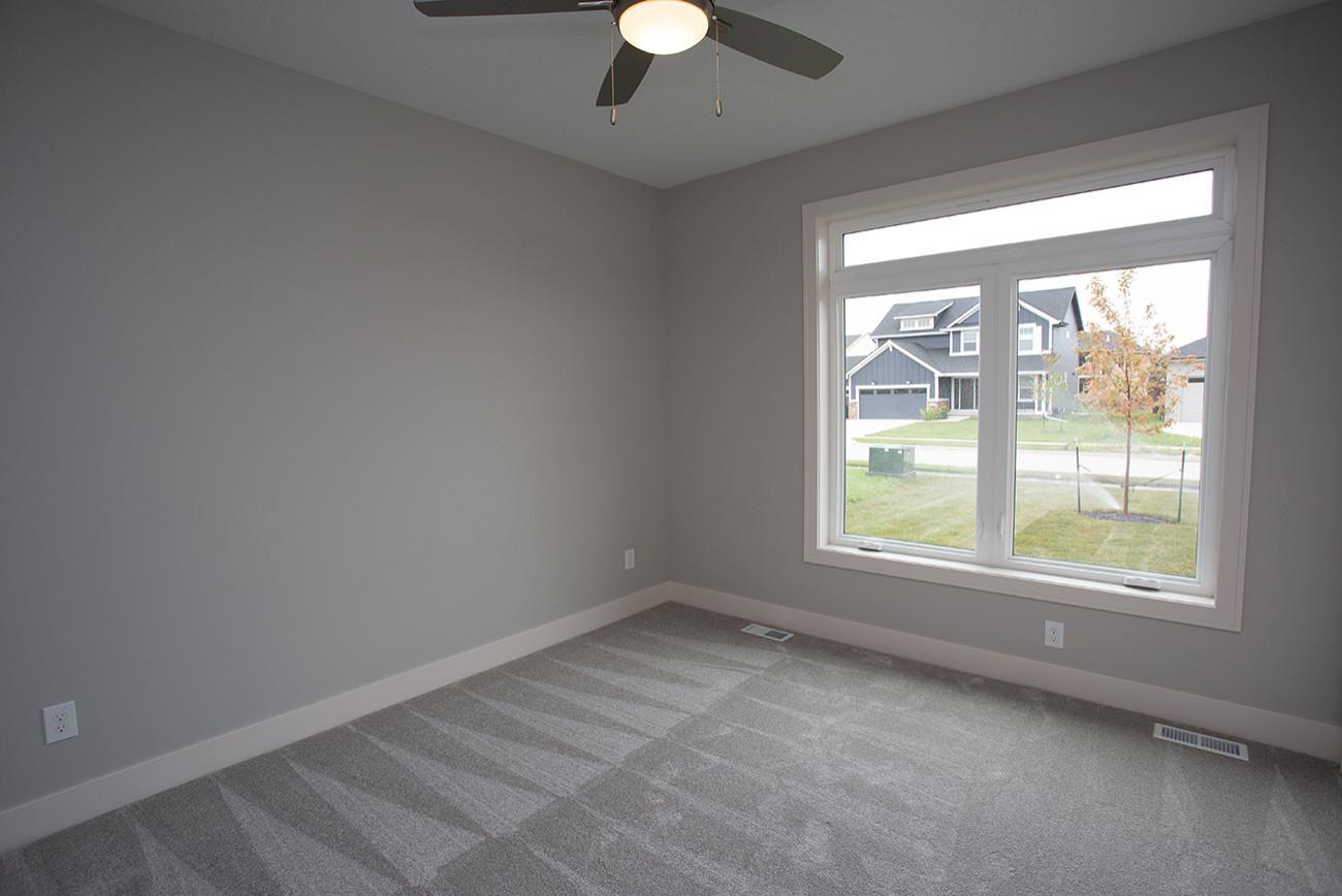 2020 Modern Edgewater with Bonus 4 season flex room