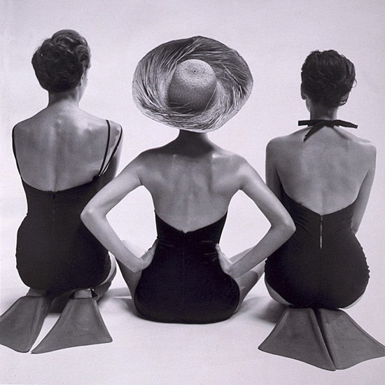 Coastal &x27;1950&x27;s Swimsuit Models&x27; Photographic Print On Wrapped Canvas.