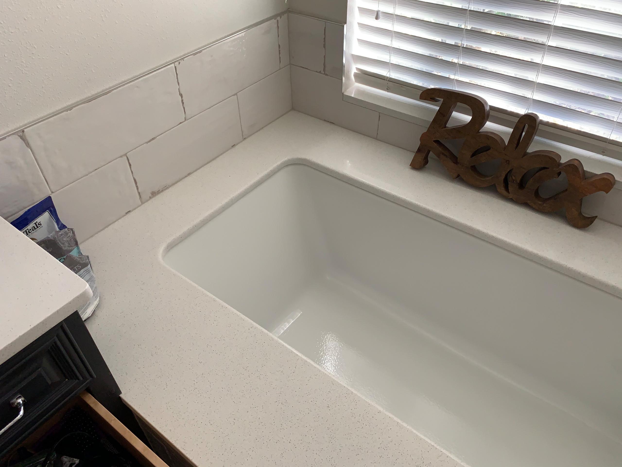 undermount tub