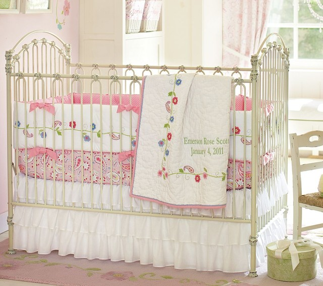 Bratt Decor Venetian Iron Crib