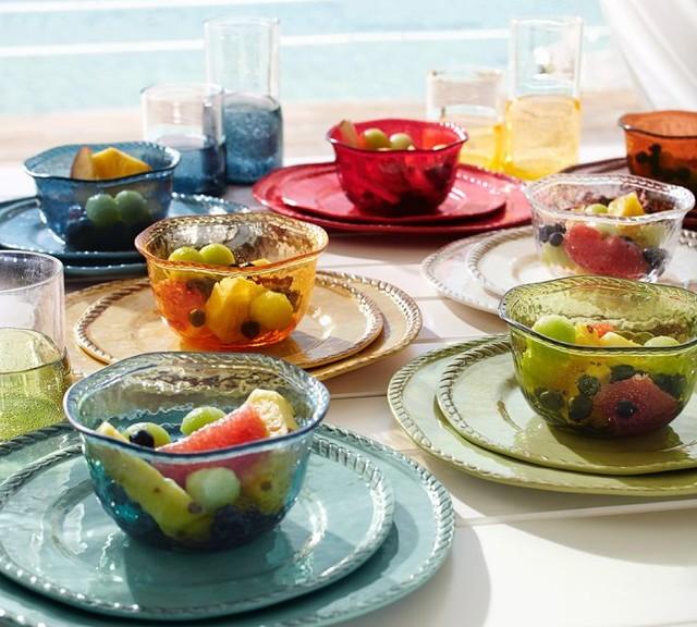 Image Gallery: Outdoor Dinnerware. 1 / 20
