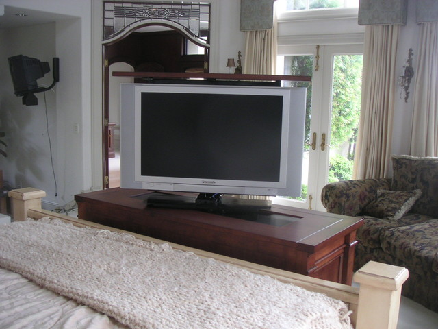 End of Bed TV lift cabinet & Foot of the bed TV lift cabinets by Cabinet Tronix
