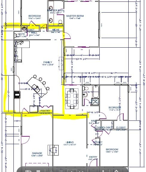 Kitchen Family Room Layouts going crazy over kitchen/family room layout!
