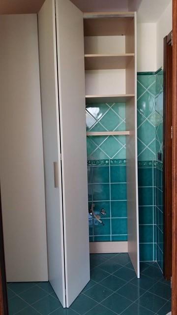 Lavanderia nascosta in bagno - Camera nascosta in bagno ...