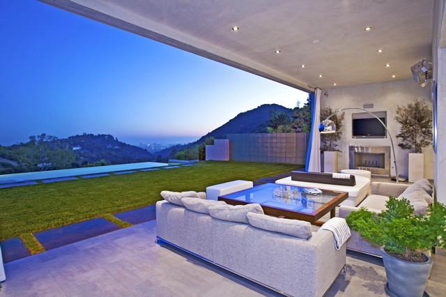 Highridge Residence