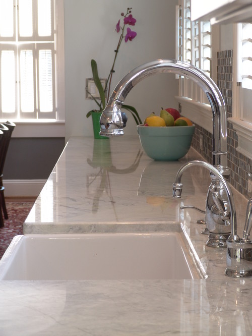 iu0027m looking for granite or quartz slab counter that looks like carrara marble
