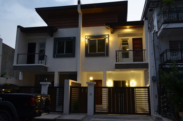 Modern Asian Duplex Northview Qc Philippines Semi Detached House Example Of A Zen Home Design