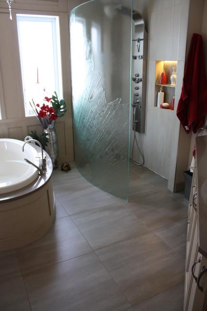 Salle de bain / douche - Montréal - par Deco Drain inc.