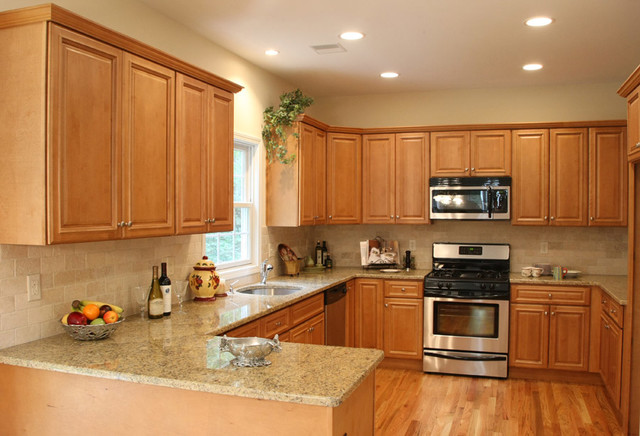 Kitchen Ideas With Oak Cabinets Custom Charleston Light Kitchen Cabinets Home Design  Traditional . Design Ideas