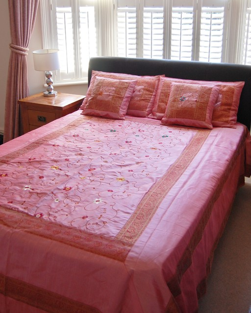 Use asian style bedspreads