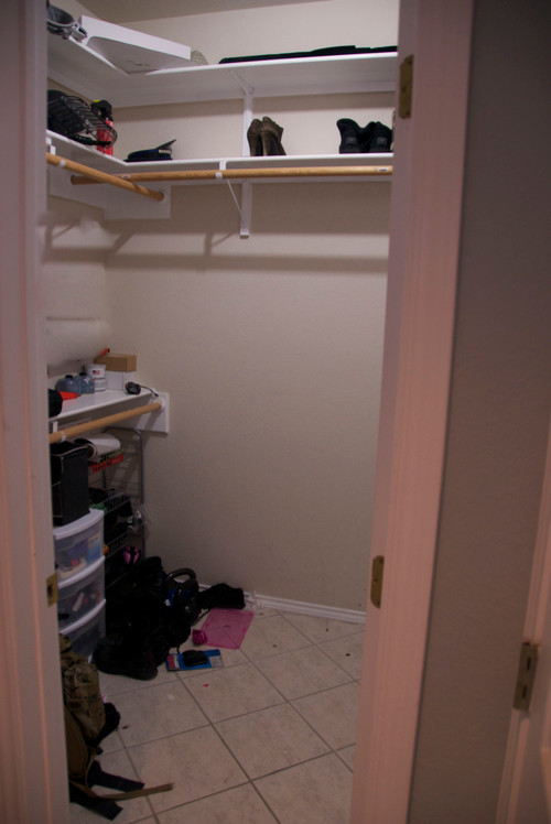 From builder basic to custom closet for under 500