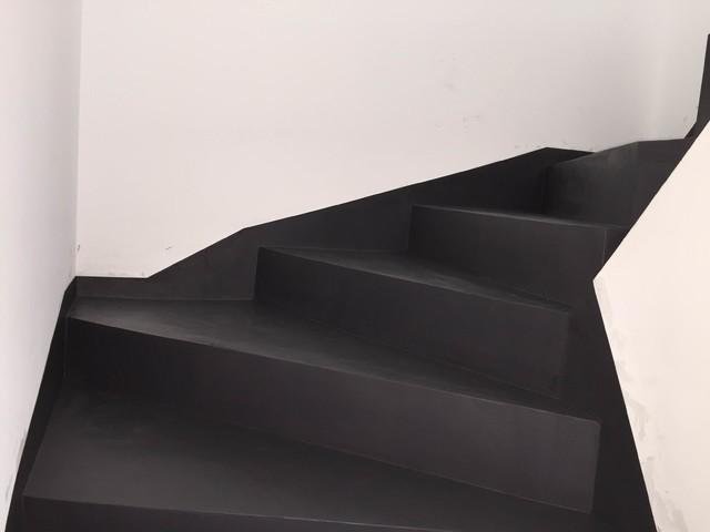 cration beton color design escalier bton cir - Cour En Beton Color