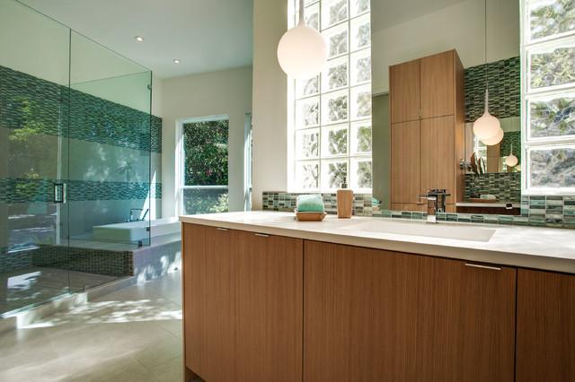2014 Arc Awards Best Bathroom Remodel 50 000 75 000 Dallas By Dallas Builders Association