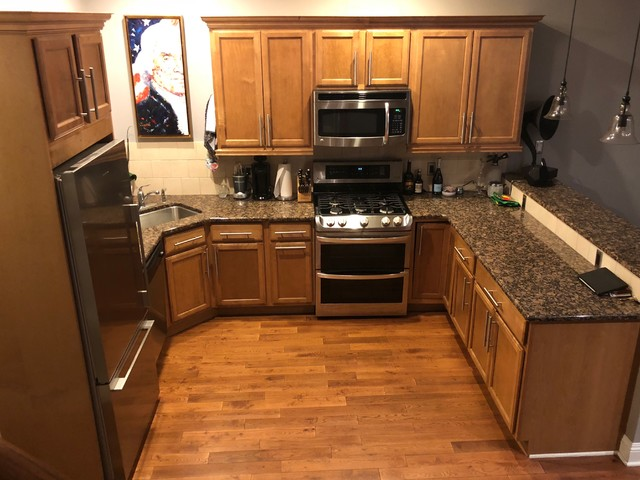 Refaced Cabinets Give a Dated Kitchen a Facelift