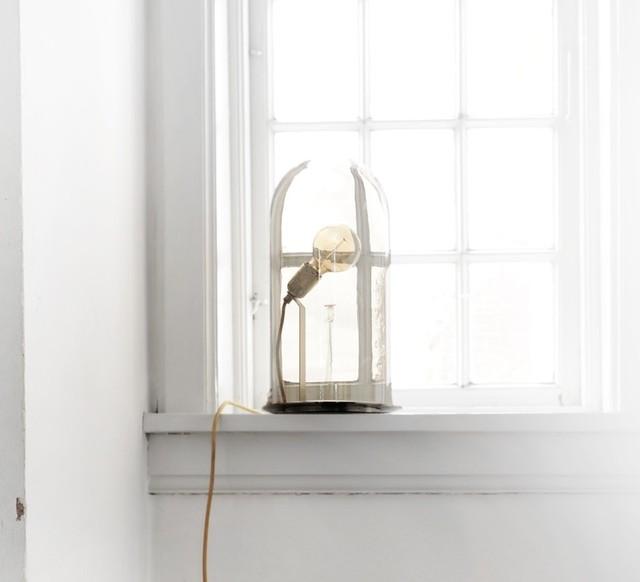 LAMPE CLOCHE, SPEAK UP!, TRANSPARENT, BASE ARGENTÉE, H33CM