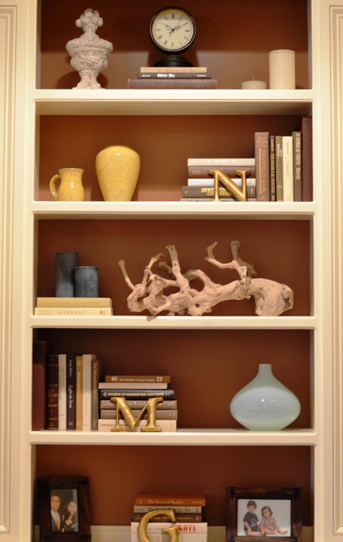 Designing home taming open shelves - Open shelving living room ...