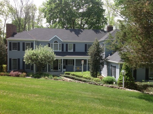 Exterior paint not sure i agree w house color consultant for Exterior home design consultant