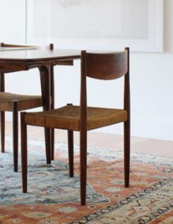 Looking For Dining Chairs Like This To Match Round Glass Table