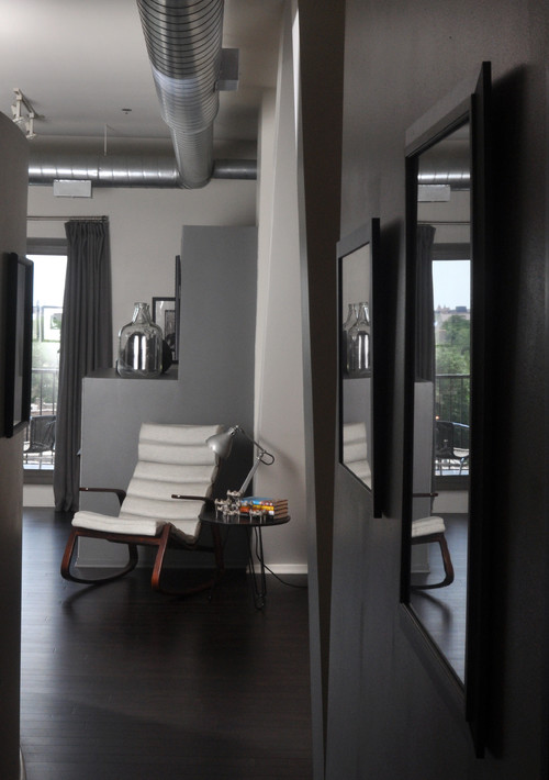 Hyde Park Loft modern living room