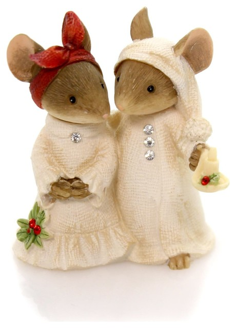 Enesco Heart Of Christmas Mouse Couple With Candle Figurine.