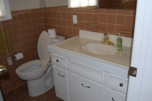 peach bathroom tile