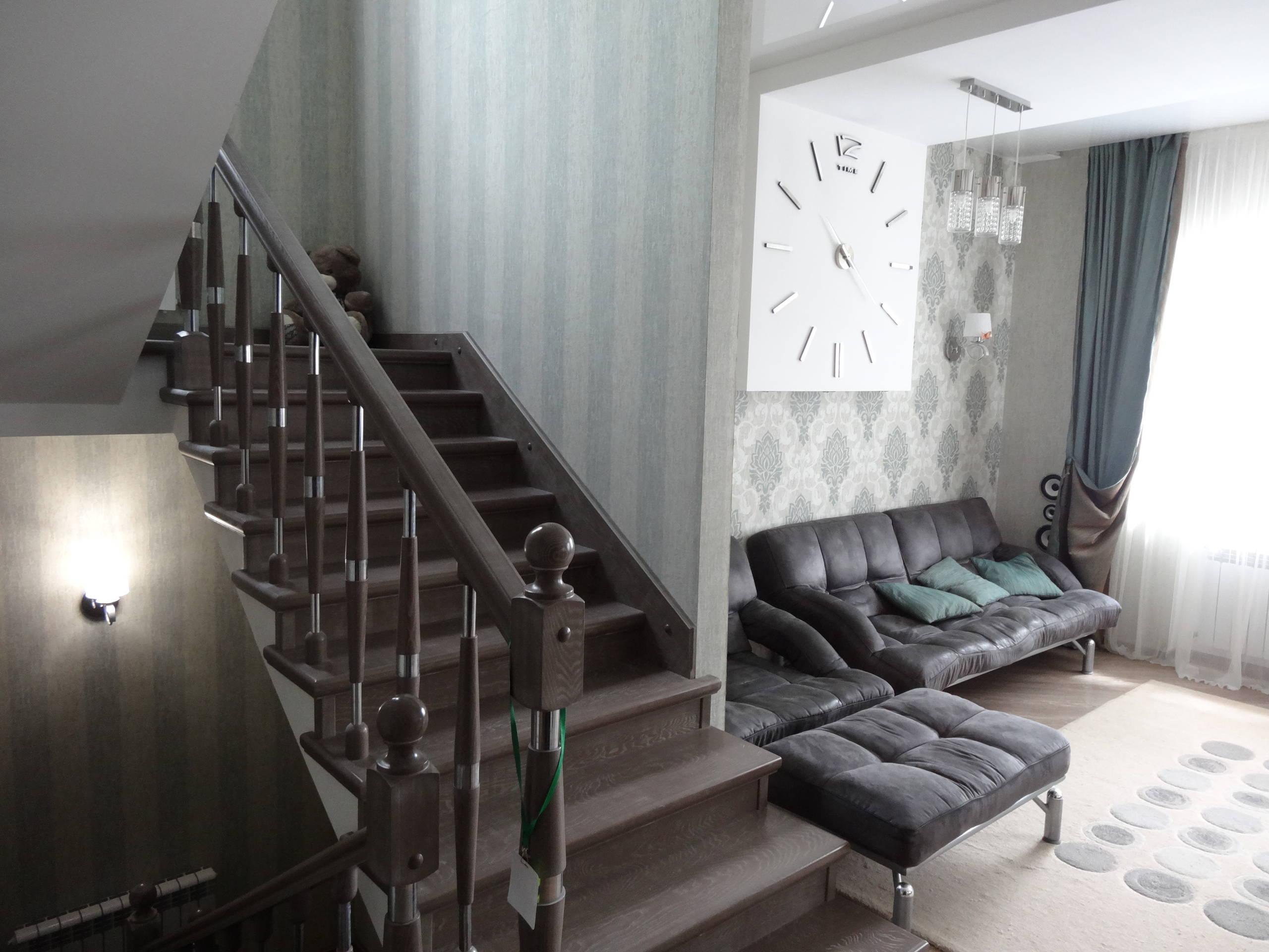 Студийная гостиная в частном доме