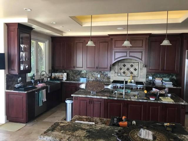 Elegant kitchen photo in Orange County