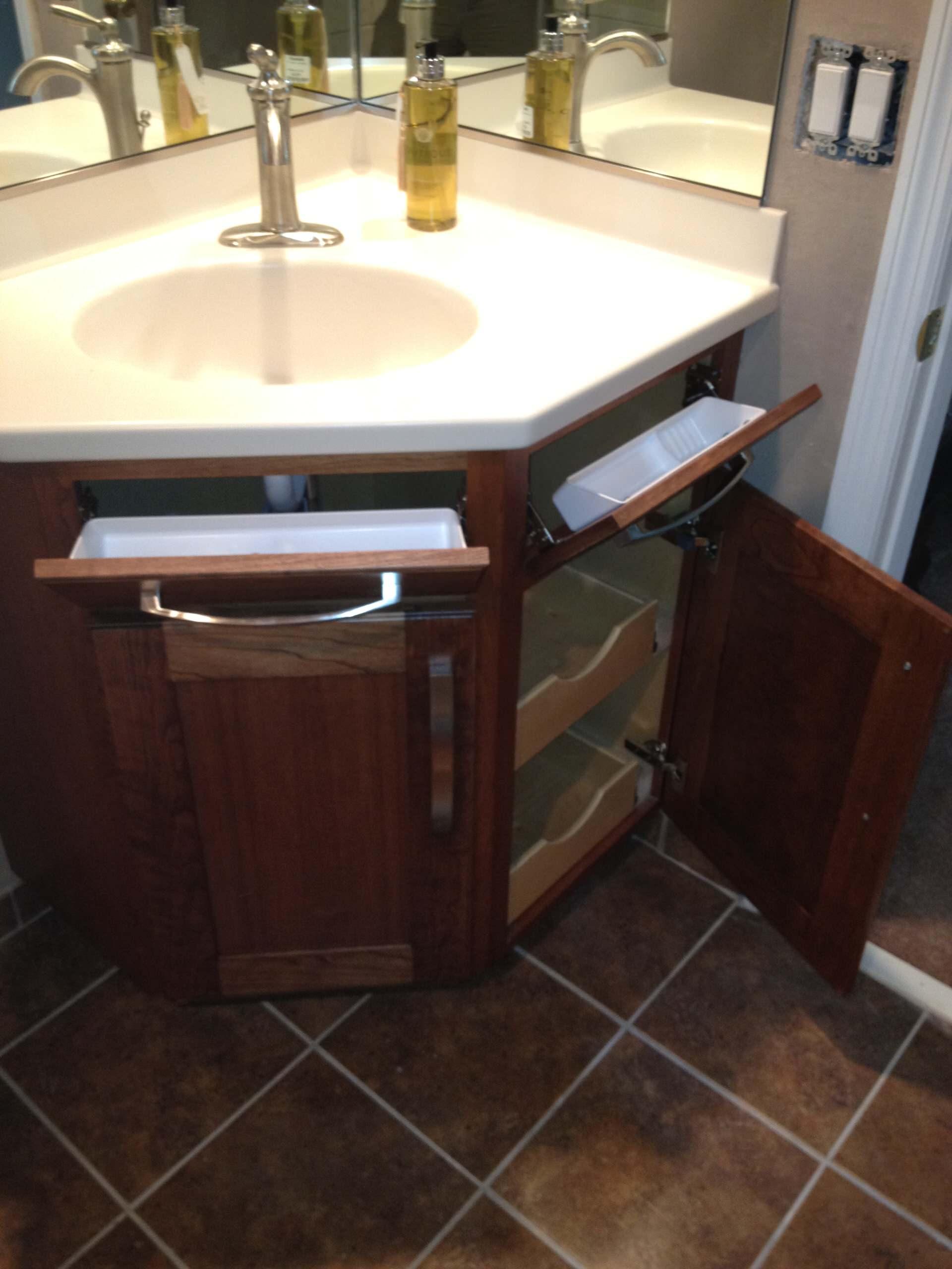 Corner Bathroom Vanity Houzz