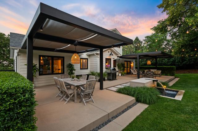 Stylish Zoned Backyard With Ambiance