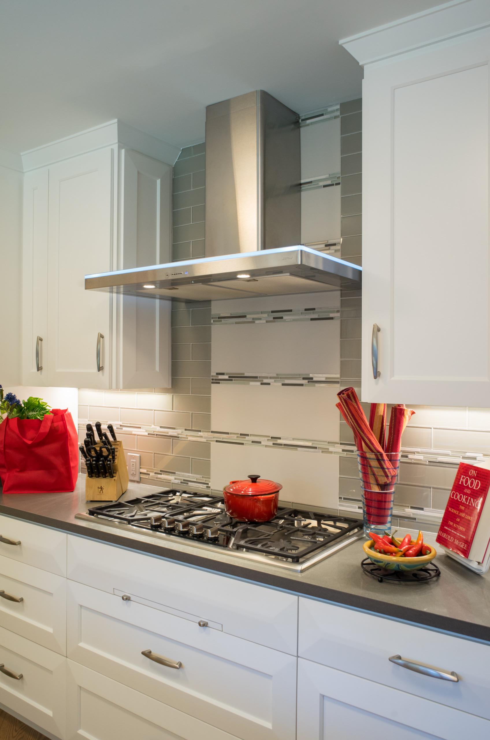 Los Altos Contemporary Kitchen