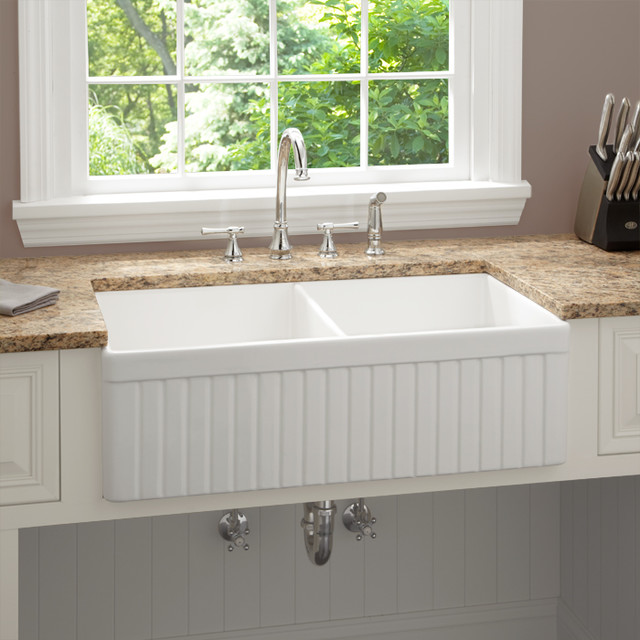 Farmhouse Sink In Modern Kitchen : ... Fireclay Farmhouse Kitchen Sink, Fluted Apron modern-kitchen-sinks