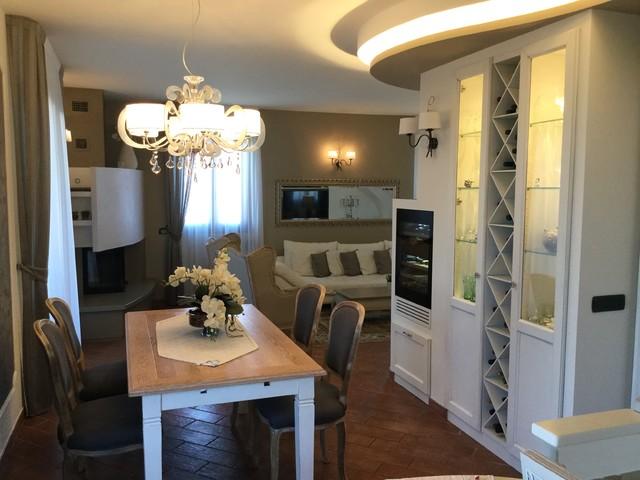Casa elegante Shabbiy Chic - Moderno - Sala da Pranzo - Bologna - di ...