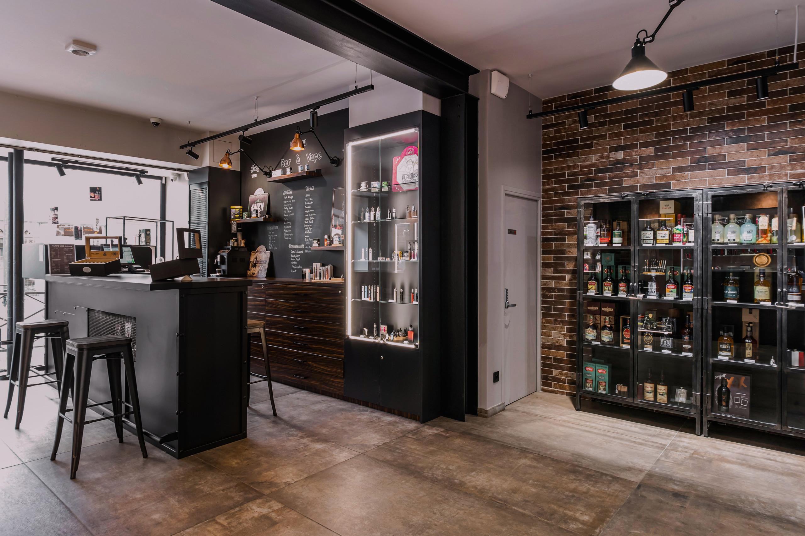 Concept Store spécialisé dans le Cigares de Luxe/Vape électronique/Spiritueux