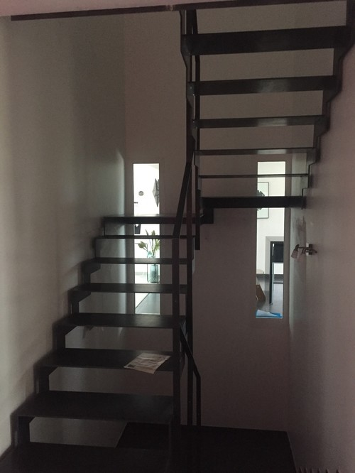 Besoin de conseil pour décorer cage d escalier