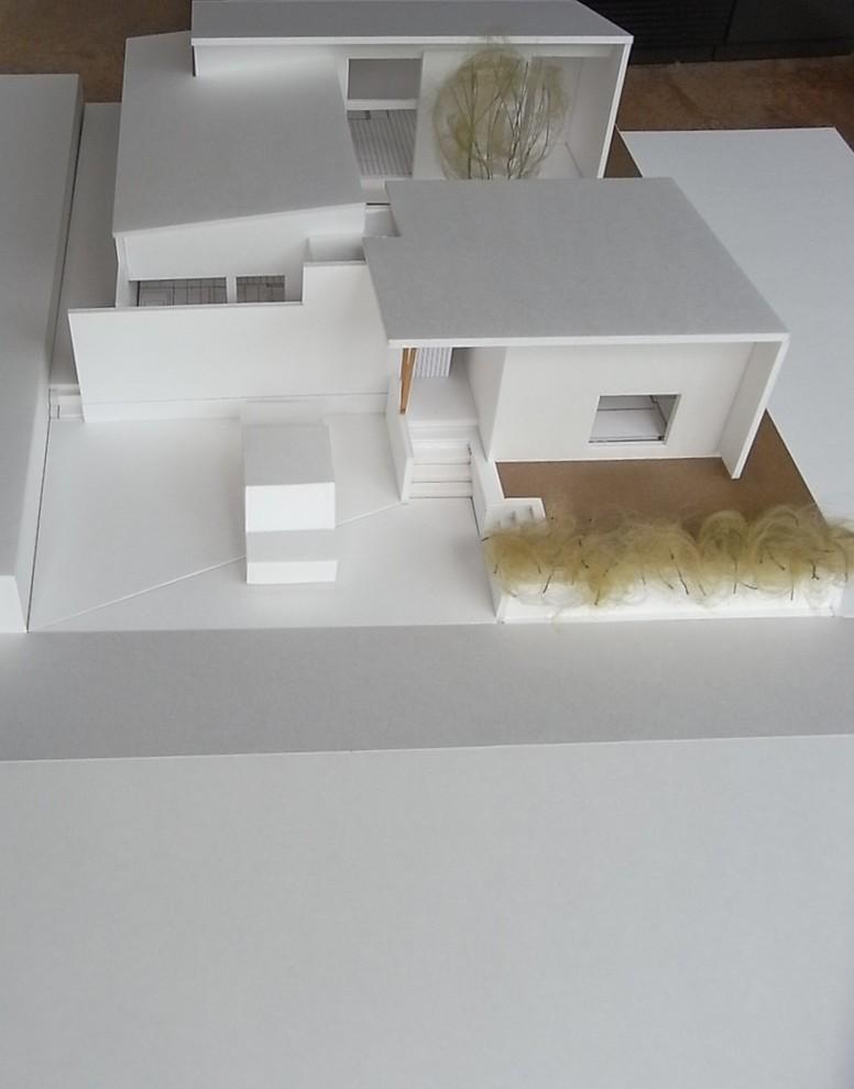コの字の家/完成模型