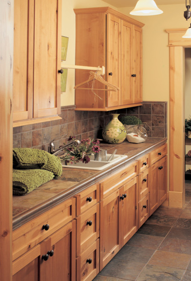 Canyon creek cornerstone shaker in rustic alder in a for Alder shaker kitchen cabinets